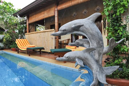 Tropical Oasis - Private Pool 1 br - South Kuta - Bed & Breakfast