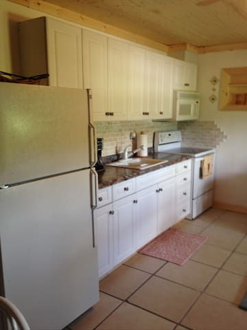 BEAUTIFUL ONE BEDROOM APARTMENT at HARMONY ACRES