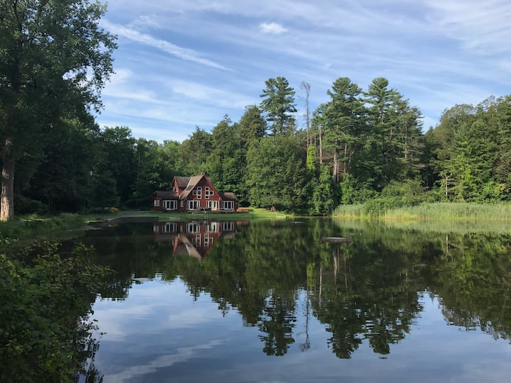 Spectacular Berkshire Retreat on Private Lake
