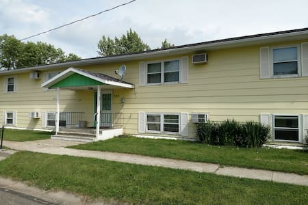 #1 Spacious 2 bedroom Apartment in Ashley ND