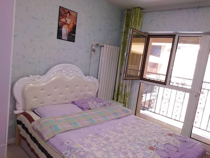 欧式大床房。(带洗衣机)