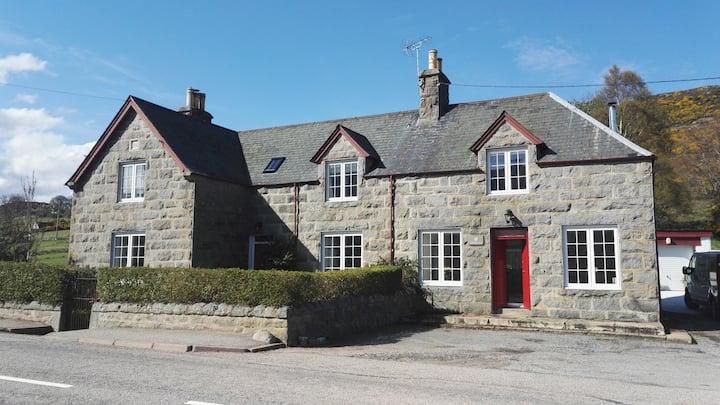 Rowallan. Gorgeous house in NC500 and near Dornoch
