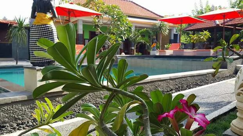 ONE DBL BEDROOM VILLA FOR 2 - Nusa Lembongan - Casa