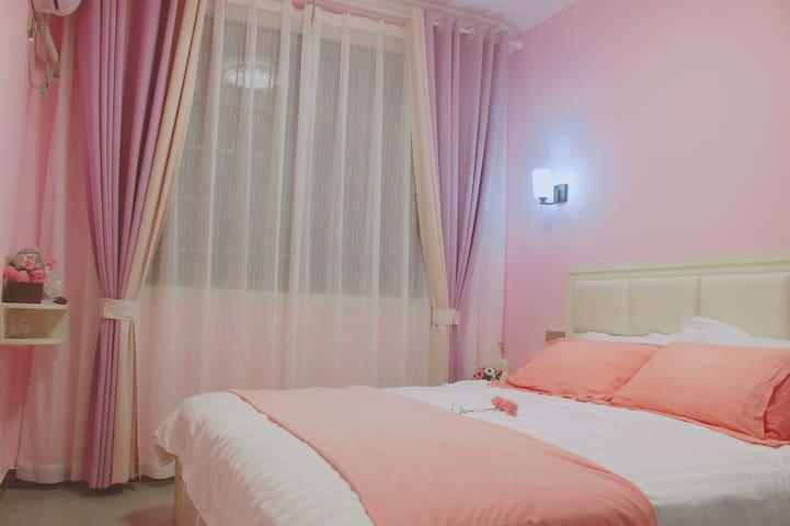 馨•浪漫大床房