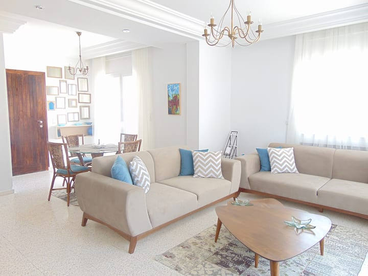 AMAZING FLAT IN HAMMAMET WITH A MODERN TOUCH.