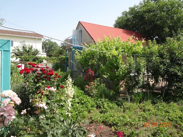 Сдам жильё недалеко от моря - โอเดสซา - บ้าน