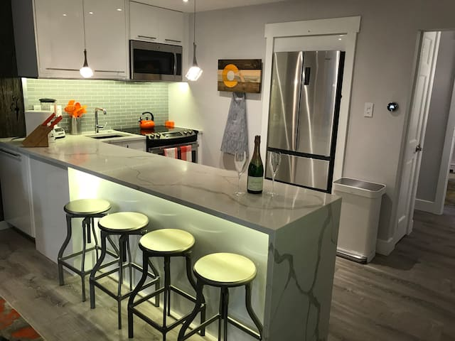 BEAUTIFULLY Remodeled High-End Vail Condo!