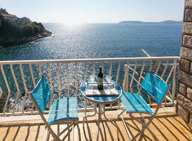 Apartments Neve - One-Bedroom Apartment with Balcony and Sea View