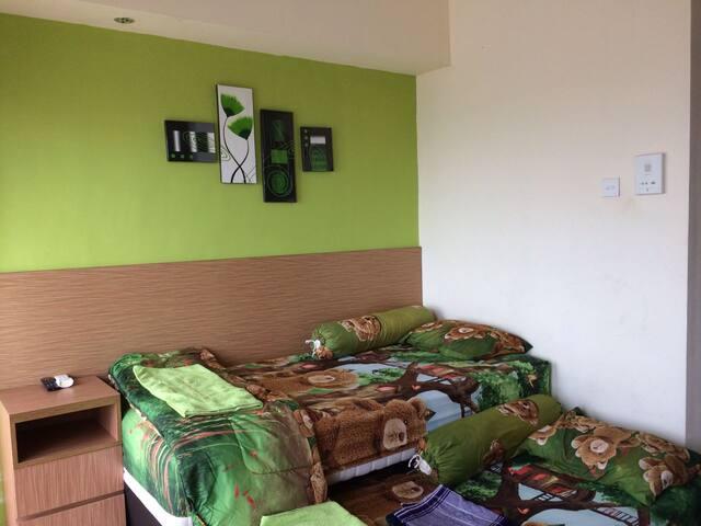 Studio Apartment near University of Indonesia - Beji - Pis