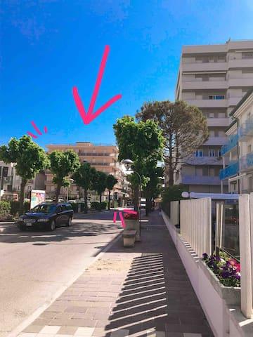 Spazioso appartamento a 50m dal mare
