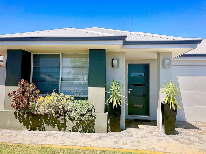 Be Wowed By Bayou - Busselton