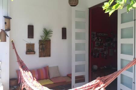 Big and beautiful room in best spot of Ipanema! - Rio de Janeiro - Apartment