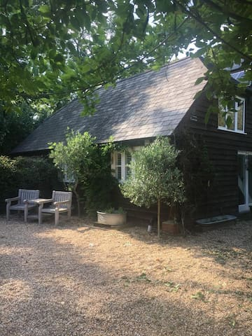 Bearsfield : Stylish accommodation in the country.