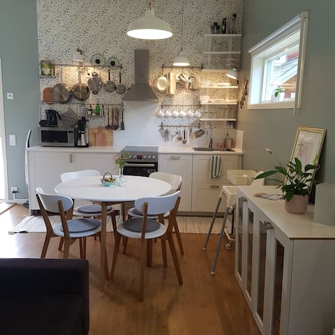 Nice private place on lovely Rossö, Strömstad
