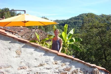 Rural Getaway with Magical View - Castelnau-Durban - Σπίτι