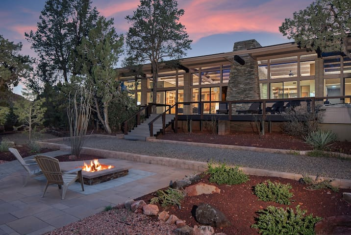 Mid Century Modern with incredible views
