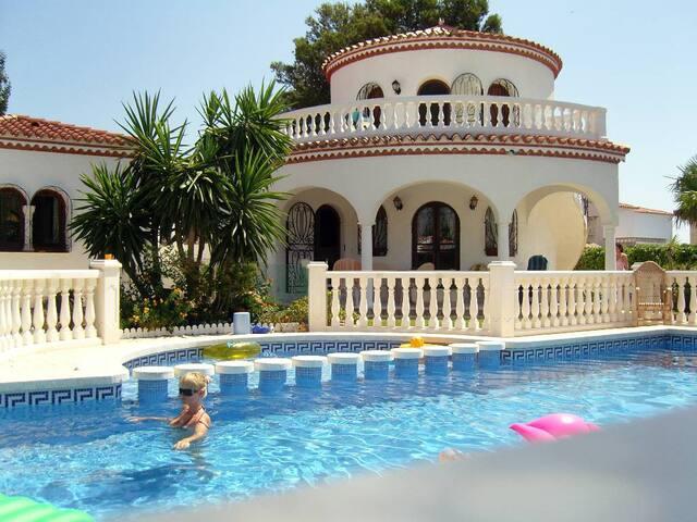 Ihr Ferrienparadis / Haus mit Pool  - Mont-roig del Camp - Hus