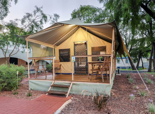 Glamping on Geographe Bay