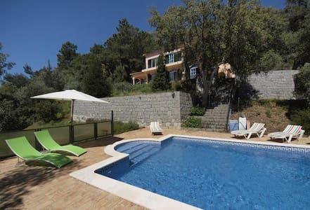 CASA DOS SOBREIROS - Casa no campo com piscina - Monchique - Villa