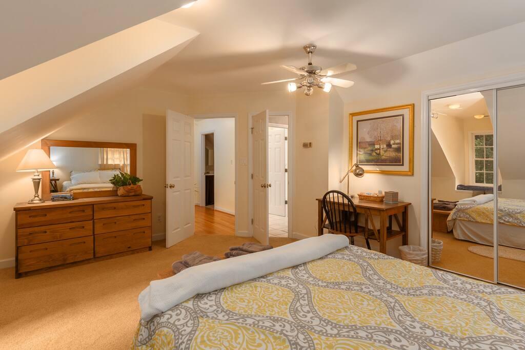Third floor large bedroom.