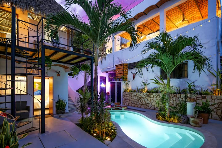 La Sirena Room at Casa Buena Onda