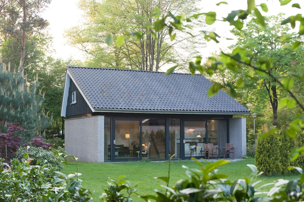 comfortable house quiet green huizen te huur in