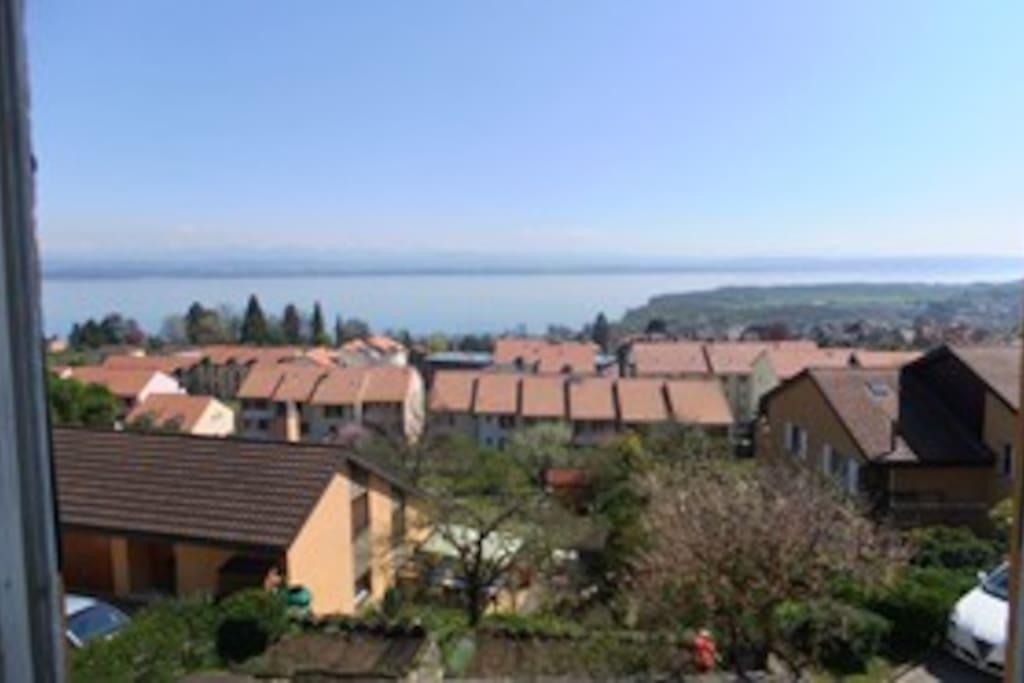 vue imprenable sur le lac de Neuchâtel