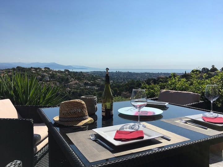 Appt-maisonnette 2 terrasses vue panoramique mer