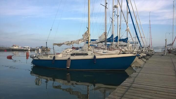 Rock 20 Sailing Boat