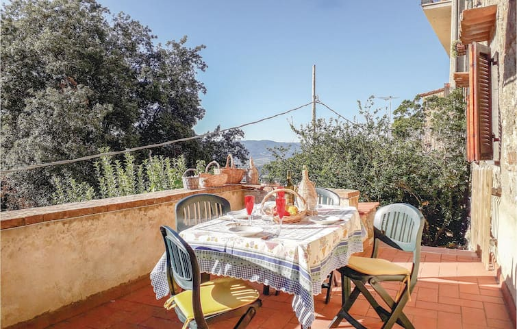 Terraced house with 2 bedrooms on 80m² in Montecatini V.C. (Pi)
