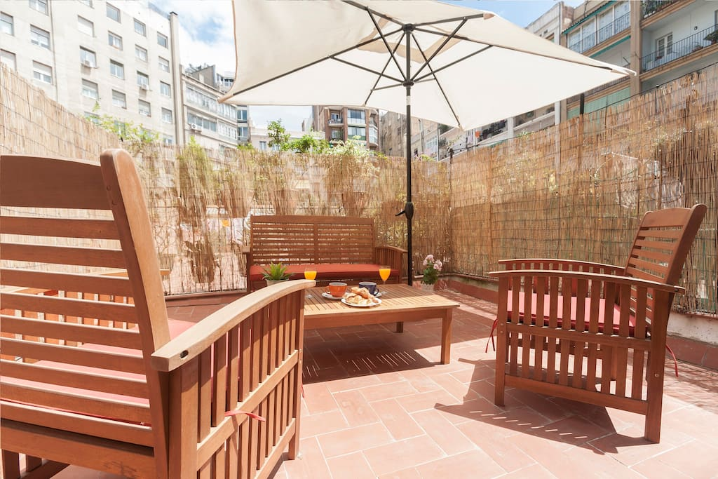 Terrace with parking apartments for rent in barcelona for 400 university terrace