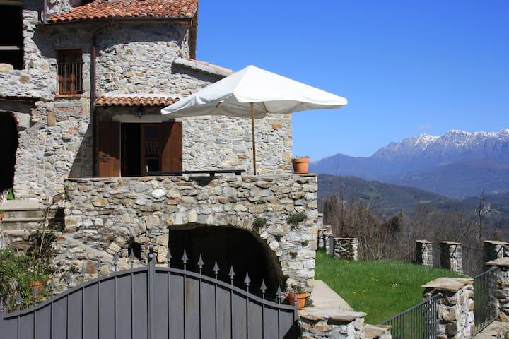 Casale in Lunigiana vicino 5 Terre  - Aulla - House