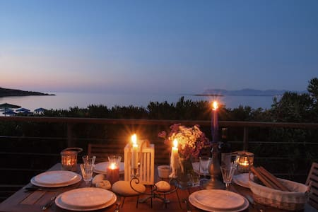 """The House By The Sea"" villa for families -couples - Chania - Villa"