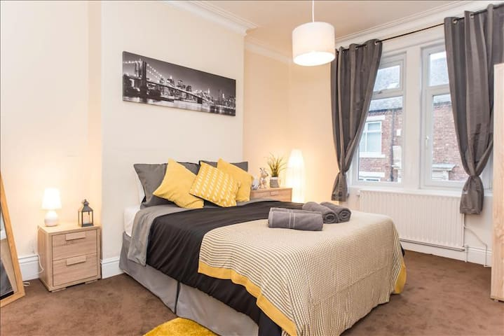 Eglesfield apartment in South shields - South Shields - Apartment