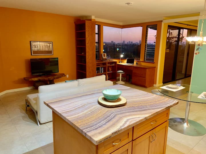 Condo in the Hills with Downtown City View!