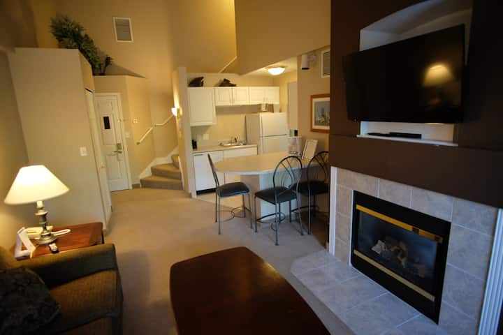 325- 2 Bedroom Suite