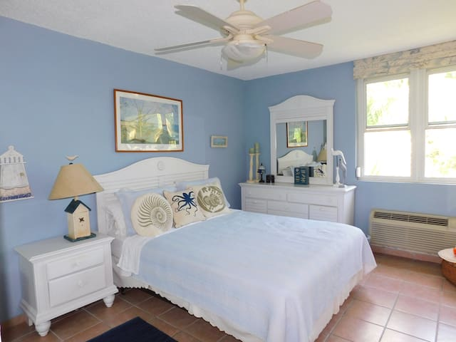 Master Bedroom, with memory foam mattress topper
