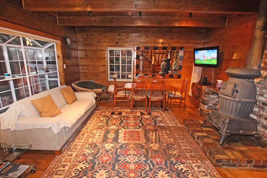 Modern And Cozy Knotty Pine Tahoe Cabin Houses For Rent