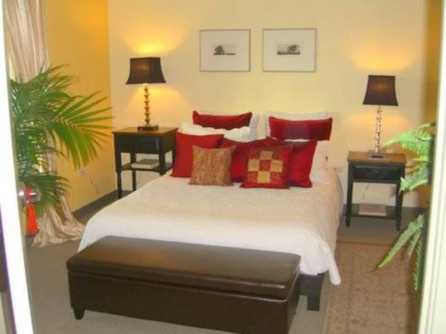 West Elm Queen; QUIET Cozy Bedroom