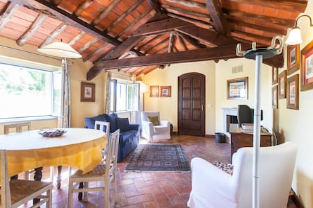 CHARMING HOUSE WITH POOL IN MONFERR - San Salvatore Monferrato