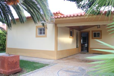 Vila da praia - Porto Santo - บ้าน