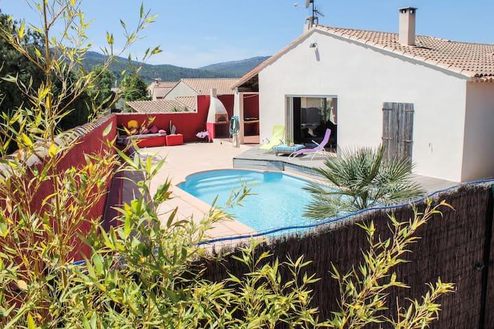 villa fleur de sel, piscine,classé 3 étoiles,wifi.