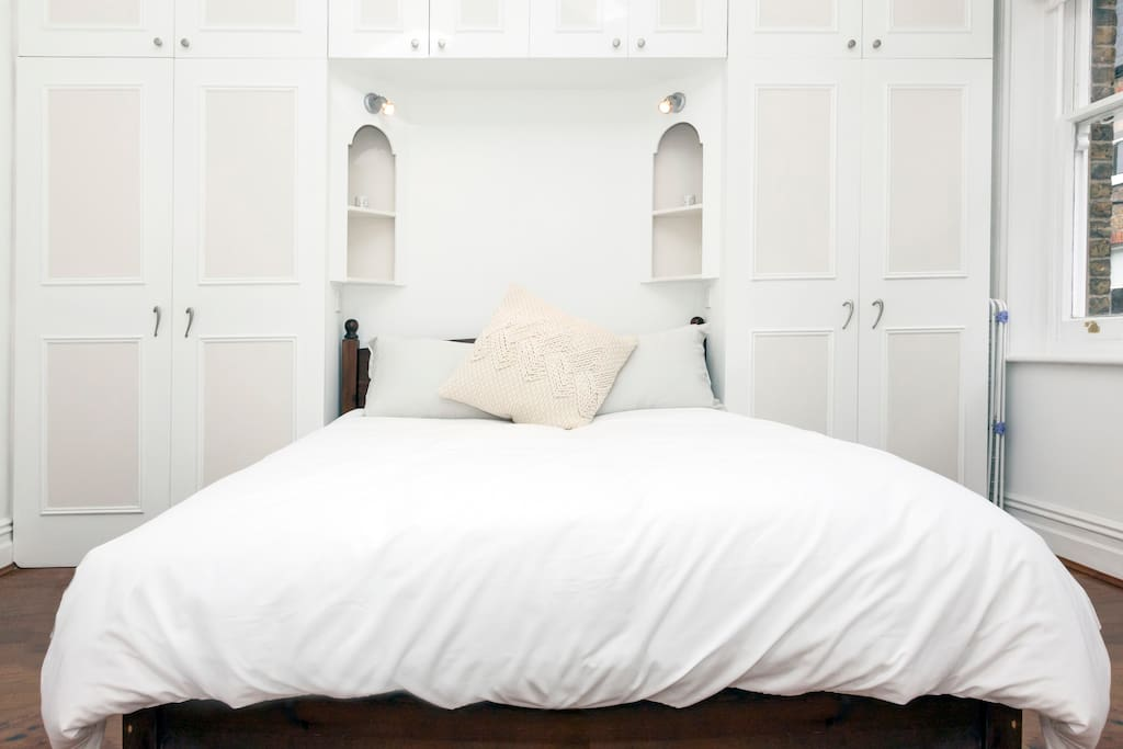 Rejuvenating sleep is achieved in this clean, open space.