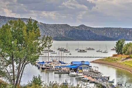 2BR Navajo Lake Cabin w/Lake Views! - Pagosa Springs - Cabaña