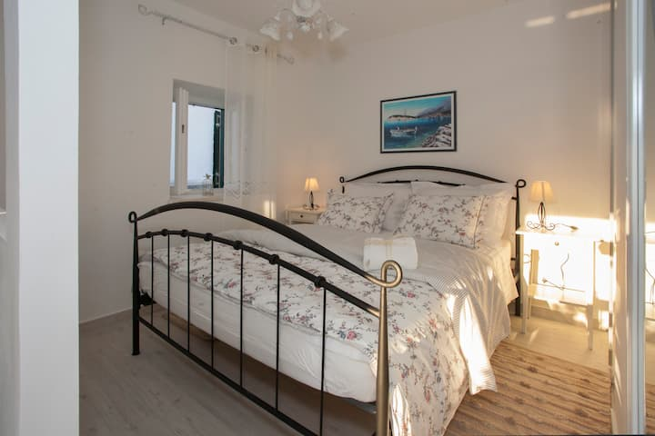 Studio Apt Luca 1 in old town of Split, 2 persons