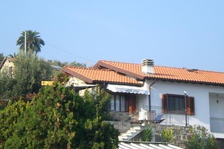 villa collinarevista sul mare  - Sanremo