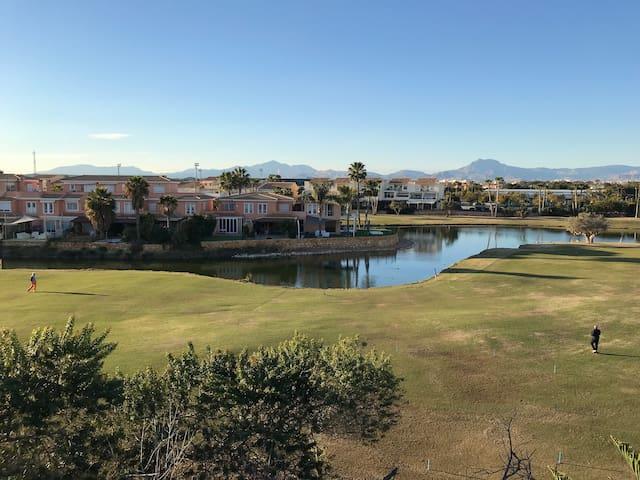 Playa de San Juan y Golf todo el año !!!!