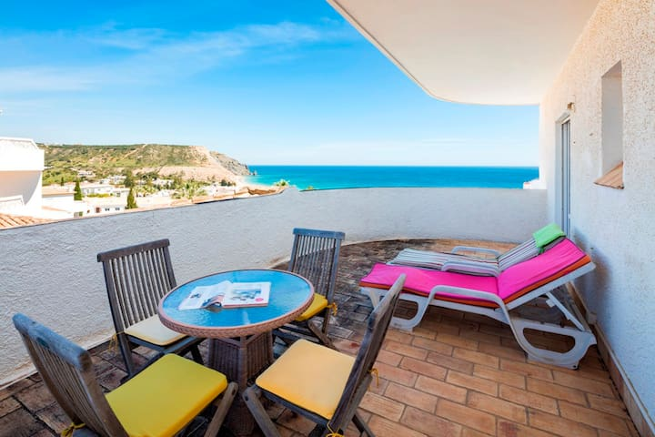 2 Bed Apartment With Sea Views, Luz - Luz - Appartement