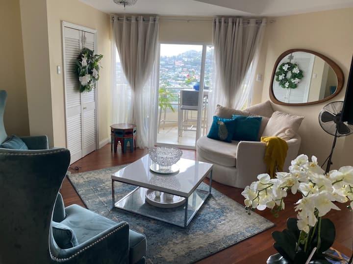 Vic Keyes 3-Bedroom Apartment