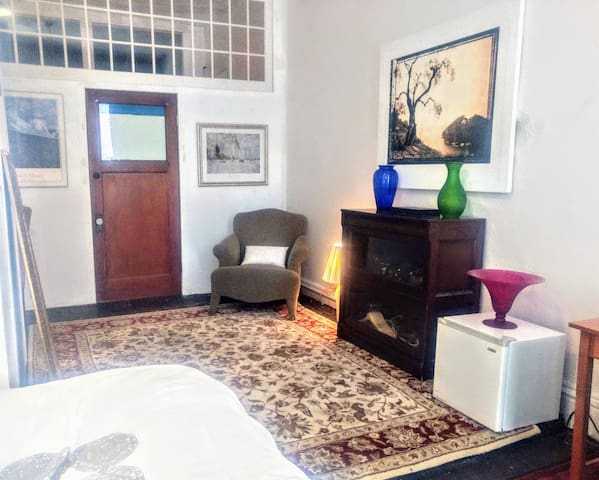 Enjoy a spacious room on famous Clark Street in the middle of beautiful River North Chicago